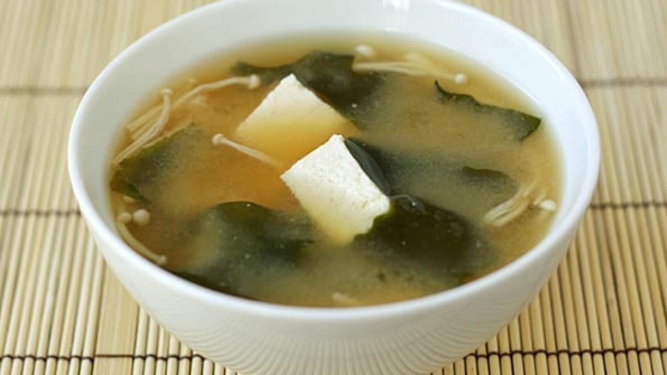 Tofu-Wakame-Miso-Soup