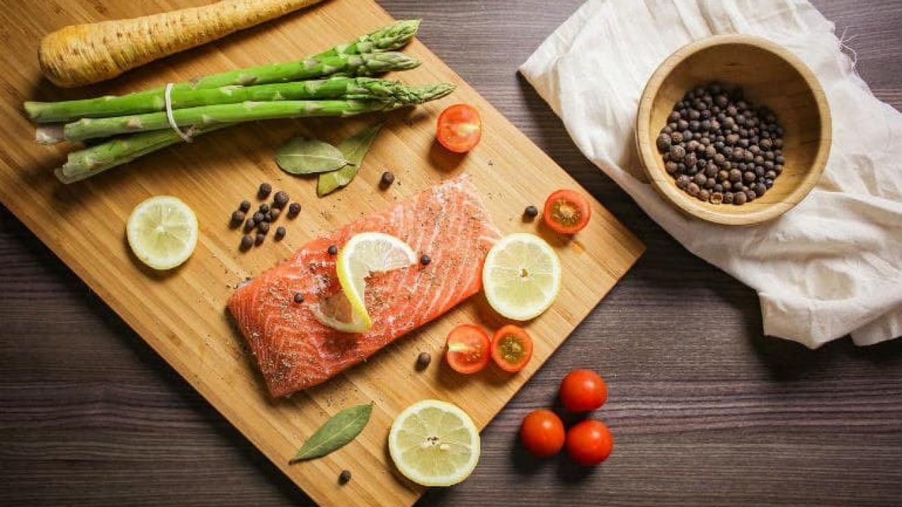 salmon-pickled-asparagus