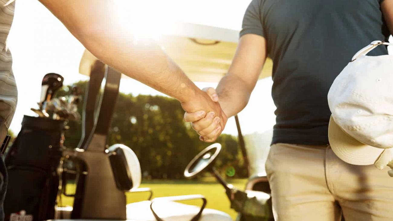 golf hand shake